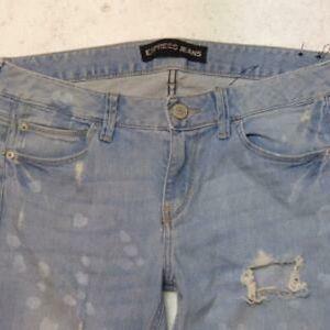 Modern Boyfriend Low-Rise Express Jeans